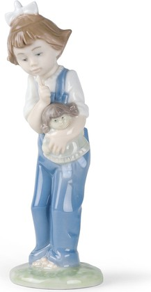 Статуэтка фарфоровая Девочка с Куклой (Hush) 18см NAO 02001069