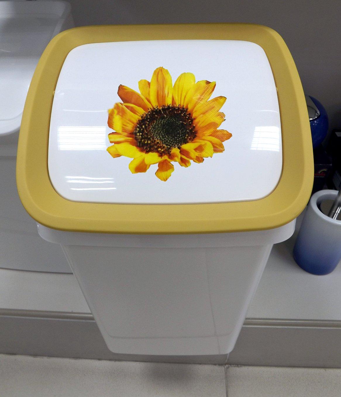 Ведро для мусора Tescoma CLEAN KIT и часть бумажной салфетки - Осеннее поздравление - от Paper+Design - декупажный проект
