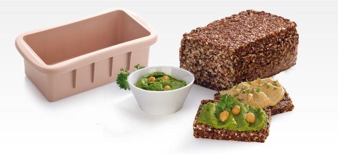 Прямоугольная силиконовая форма для цельнозернового хлеба DELLA CASA, представленная специалистами Tescoma в марте 2017 года