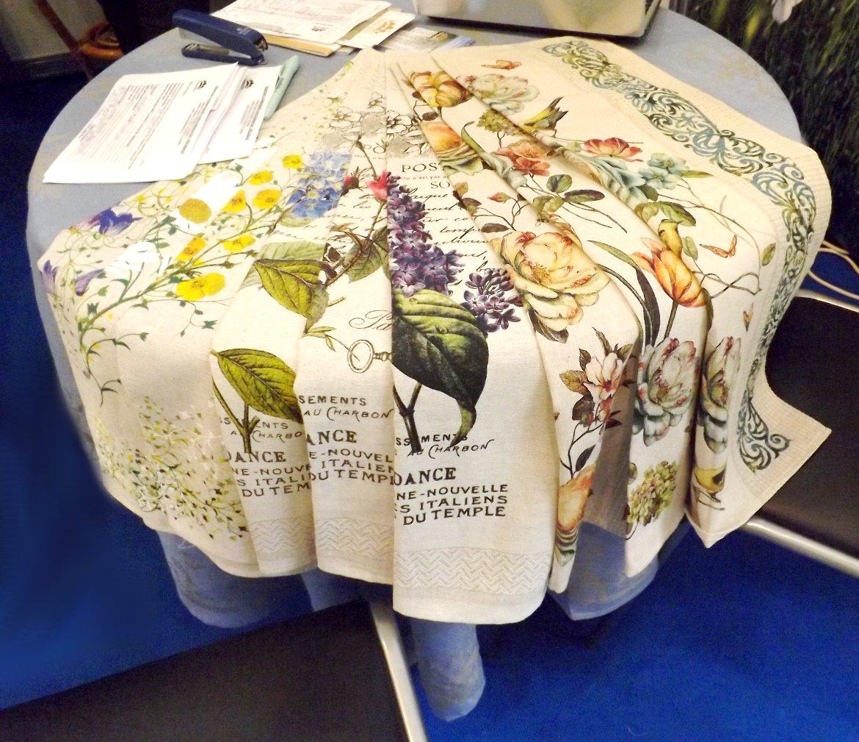 Скатерти и кухонные полотенца Белорусский лён, на выставке HouseHoldExpo 2015 в сентябре