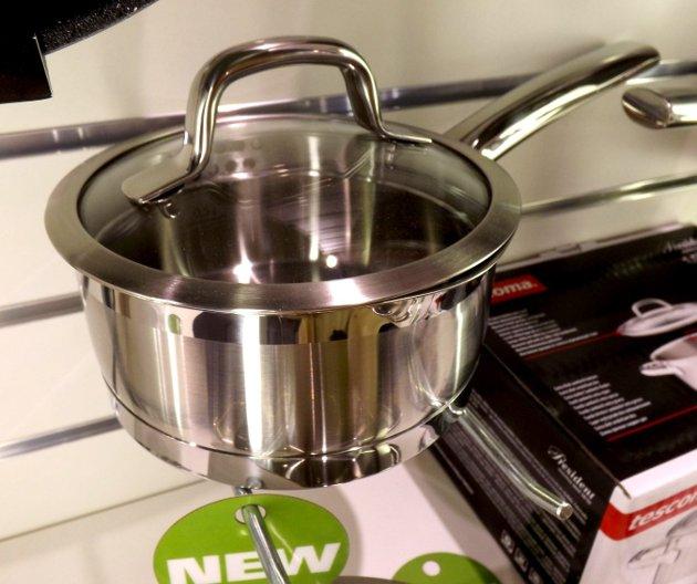 Ковш из набора посуды PRESIDENT из новинок от Tescoma, представленных на выставке HouseHoldExpo в сентябре 2015 года