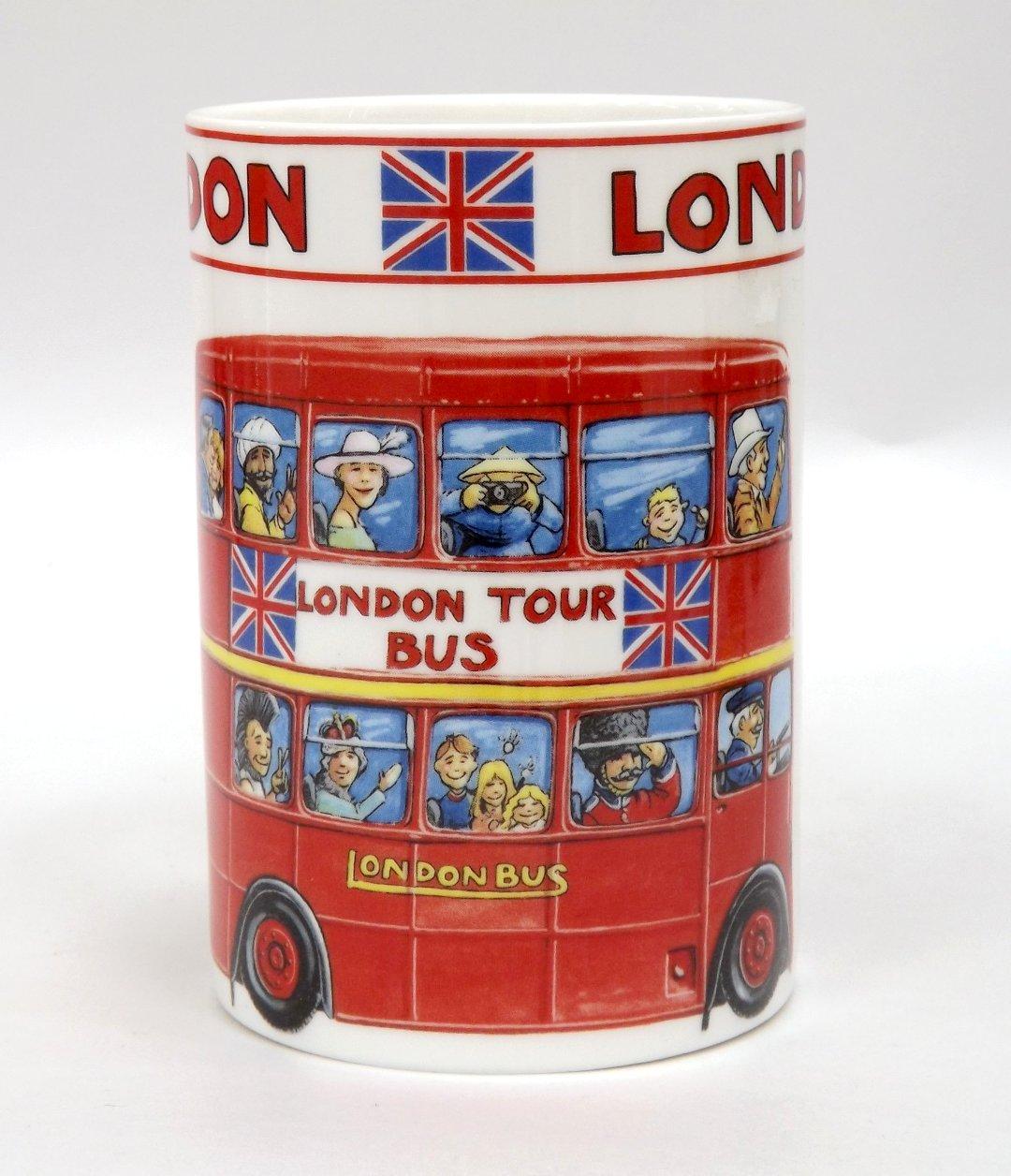 Фарфоровая кружка Лондонский автобус от James Sadler из ассортимента магазина Posuda40.ru