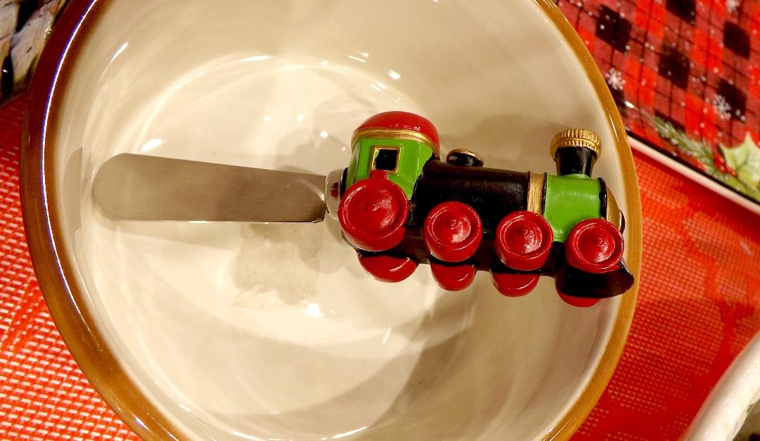 Нож для масла с ручкой-игрушкой