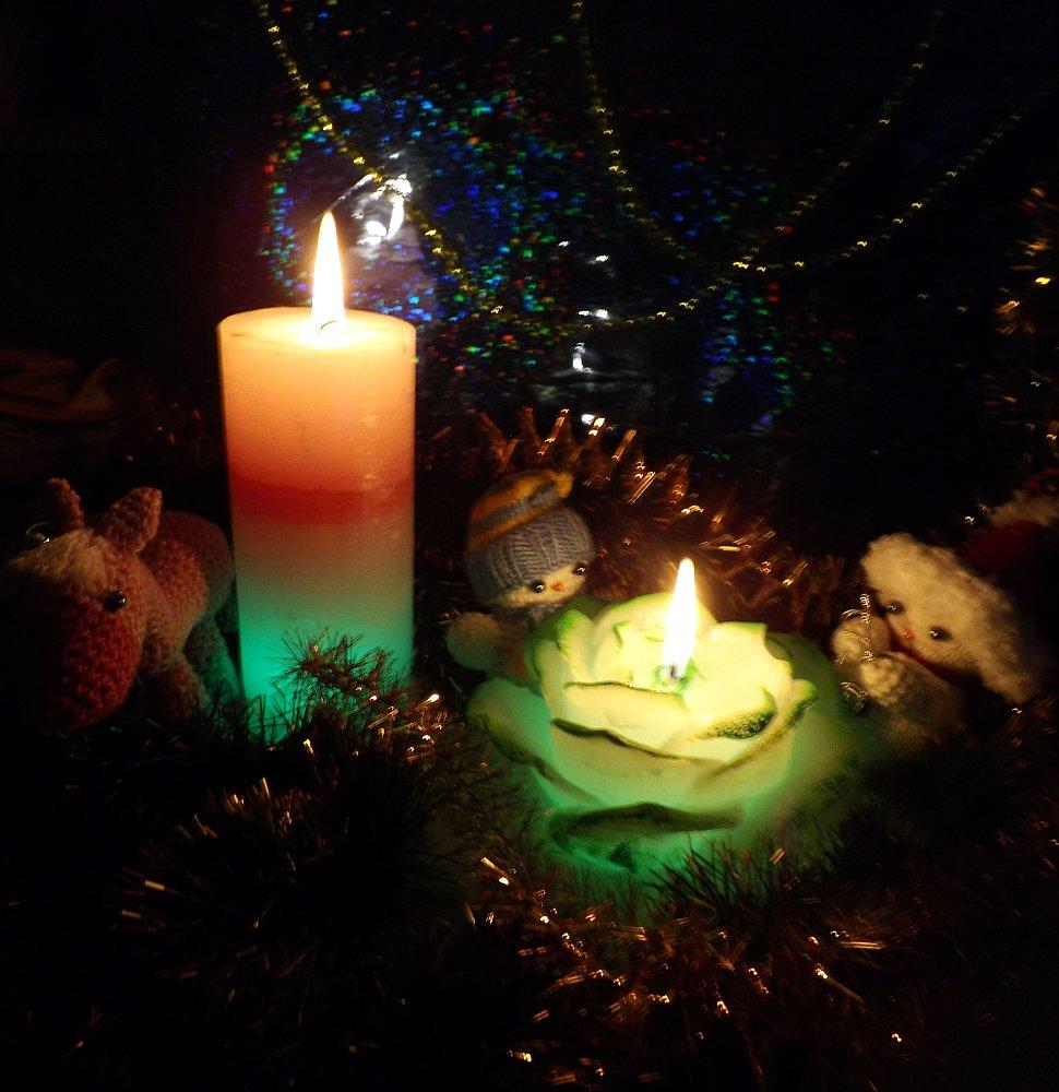Горение свечей со светодиодной подсветкой от Bartek Candles