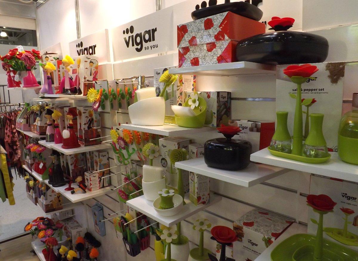 Часть экспозиции бренда Vigar на выставке HouseHoldExpo 2015. Вид А