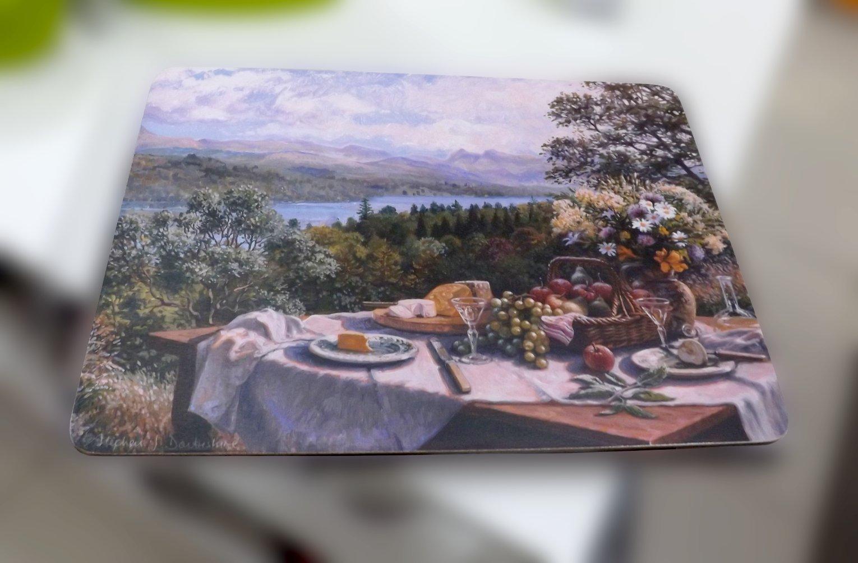 Подставка на основе пробкового дерева с изображением накрытого под открытым небом стола от Creative Tops