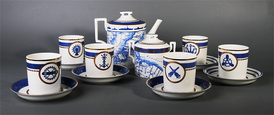 Фарфоровый чайный сервиз КАЮТ-КОМПАНИЯ от ИФЗ и Евгения Гришковца