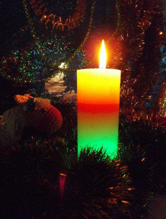 Горение свечи со светодиодами от Bartek Candles