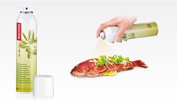 Оливковое масло с распылителем VITAMINO из ассортимента новинок от Tescoma, представленных в июне 2015 года