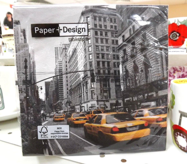 Бумажные декупажные салфетки со стилизованным фотоизображением такси на проспекте от Paper+Design